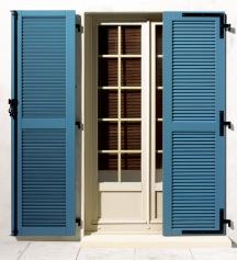 volet maison en alu bois ou pvc c t fen tres. Black Bedroom Furniture Sets. Home Design Ideas
